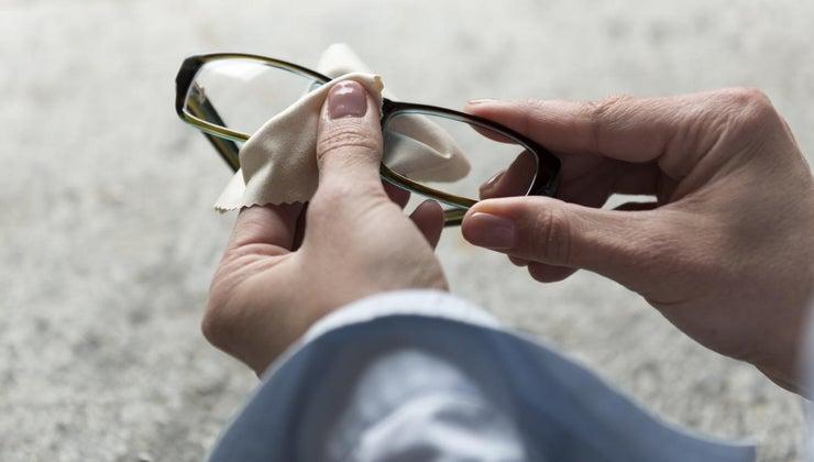 super-glue-off-lenses-glasses