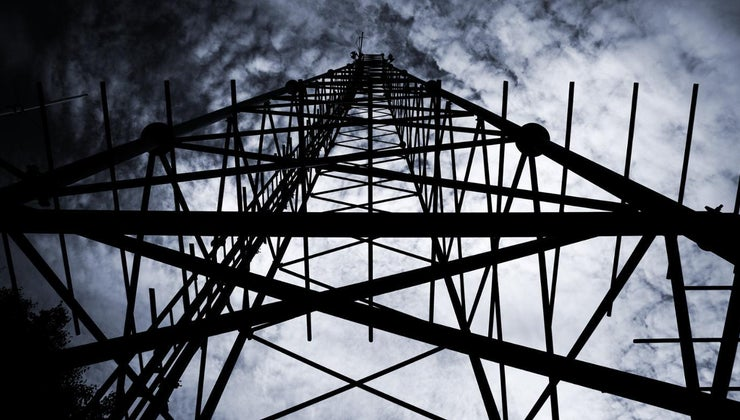 tall-cell-phone-towers