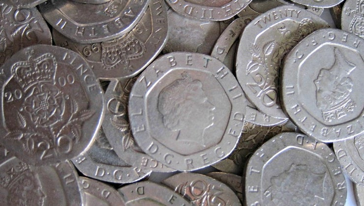 undated-20-pence-piece-determine-its-monetary-worth