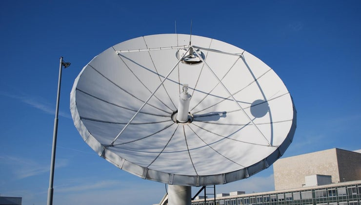 uplink-downlink-frequencies-different-satellite-communications