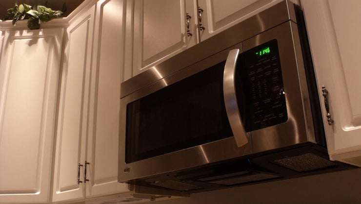 usual-dimensions-built-microwave-oven