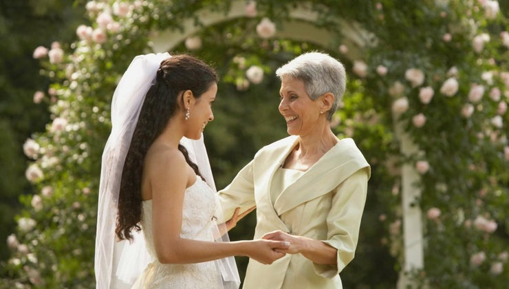 walks-bride-s-mother-down-aisle