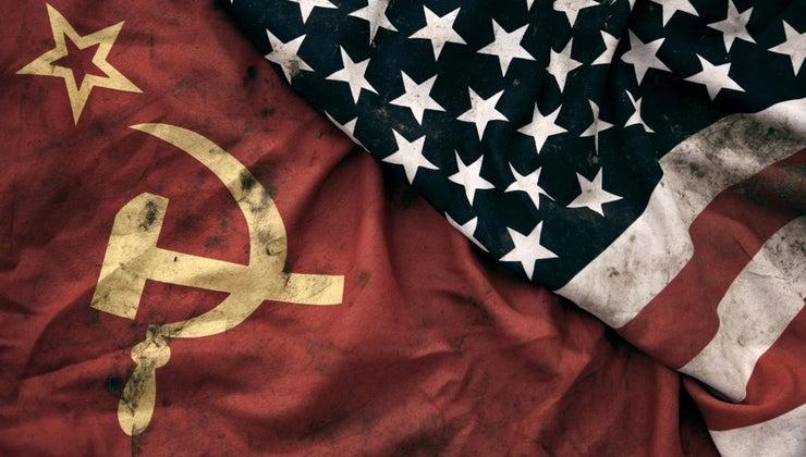 differences-between-communism-capitalism
