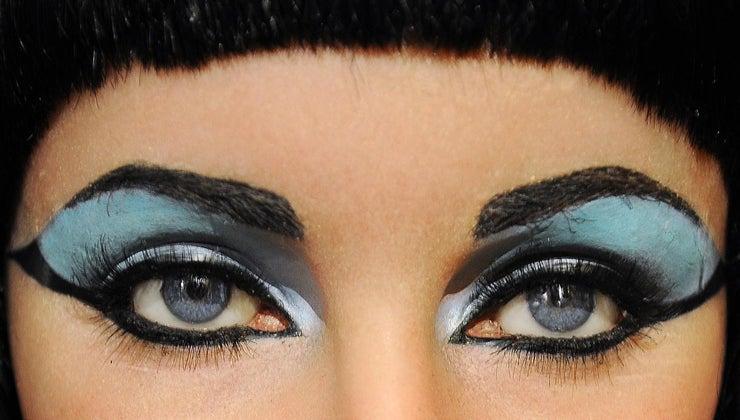 did-cleopatra-wear
