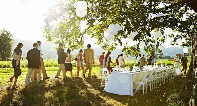 proper-attire-early-evening-wedding