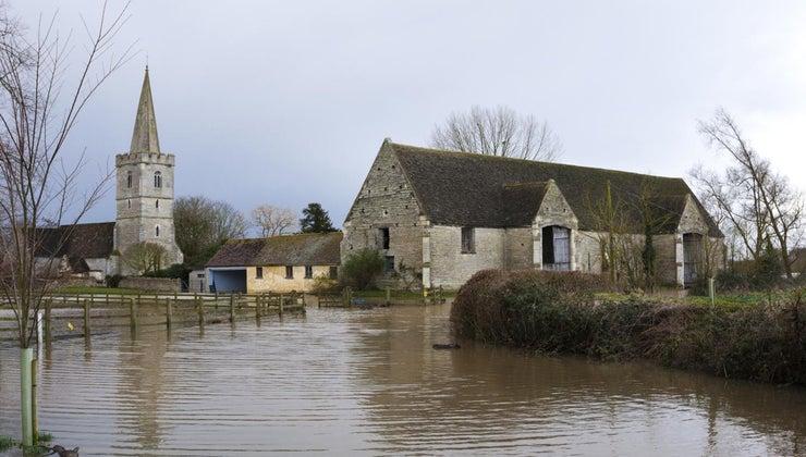 floods-occur-world