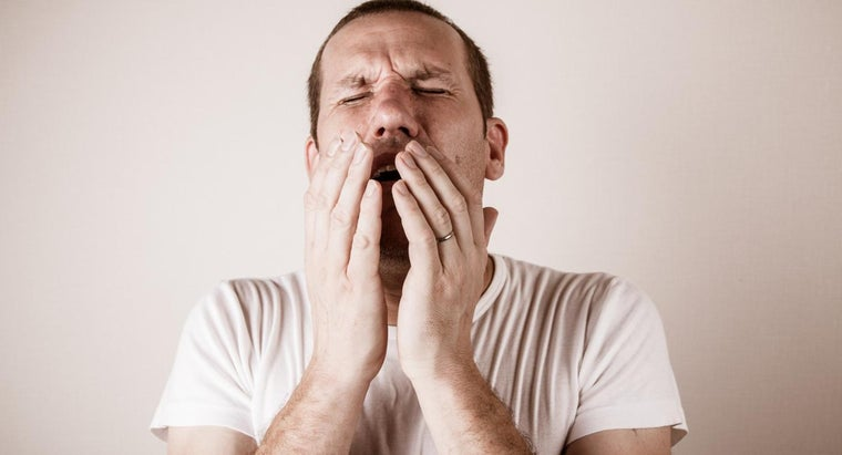 people-sneeze-multiple-times-row