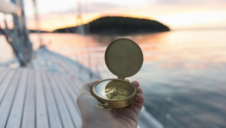 compass-always-point-north