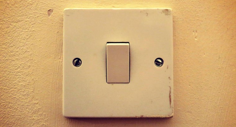 wire-basic-light-switch