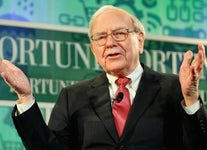 4 Investing Lessons We Can Learn From Warren Buffett's Stock Portfolio