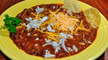 Hearty Beef Chili Recipe to Please Everyone Around the Table