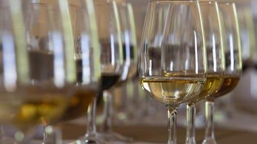 What Is the Difference Between Cream Sherry and Dry Sherry?