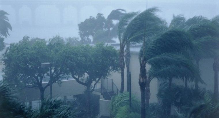 hurricanes-gain-strength