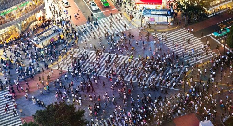effects-mass-movement-people
