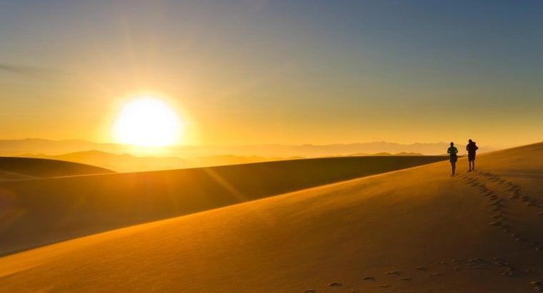 people-live-desert