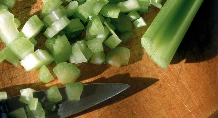 many-stalks-celery-equals-two-cups