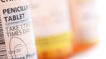 What Are the Effects of Expired Penicillin?