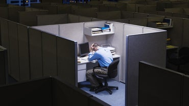 What Are the Advantages and Disadvantages of Working Alone?
