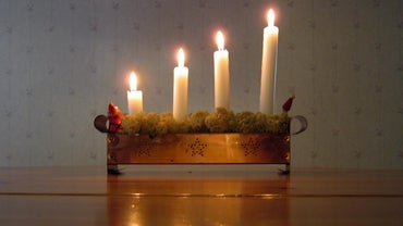 What Do the Advent Candles Represent?