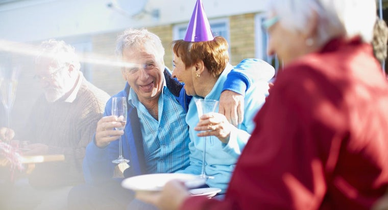 age-appropriate-game-ideas-65th-birthday-party