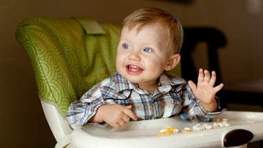 At What Age Can a Baby Eat Cheerios?