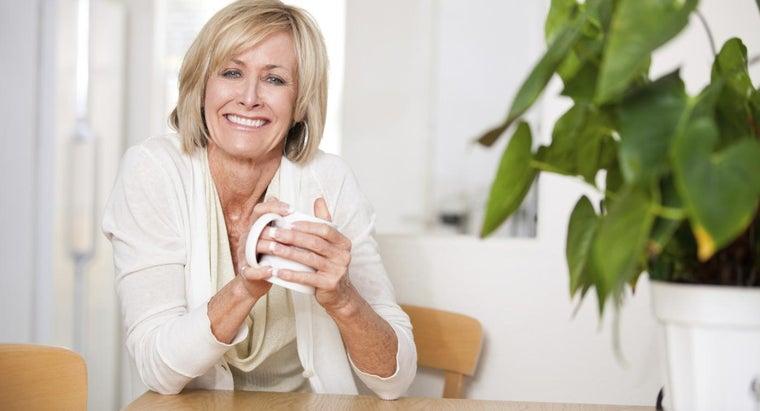 age-women-stop-menstruating