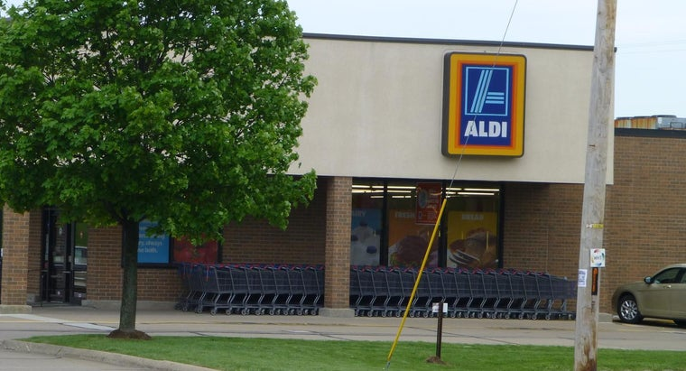 aldi-stores-accept-checks-credit-cards