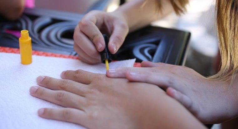 american-manicure