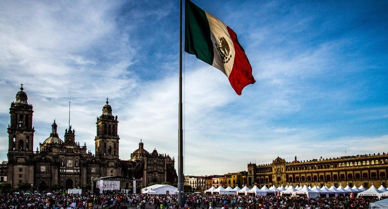 animals-mexican-flag