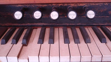 What Is an Antique Pump Organ Worth?