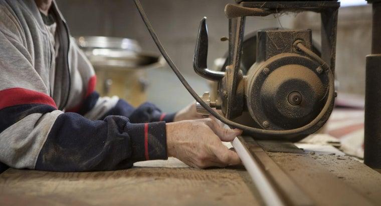 attach-wood-trim-metal-studs