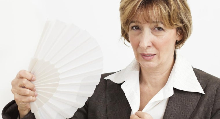 average-age-woman-experiences-menopause