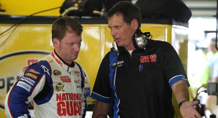 What Is the Average Salary of a NASCAR Crew Chief