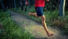Is Barefoot Running Better for Your Knees?