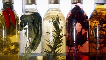 What Are Some of the Basic Health Benefits of Vinegar?