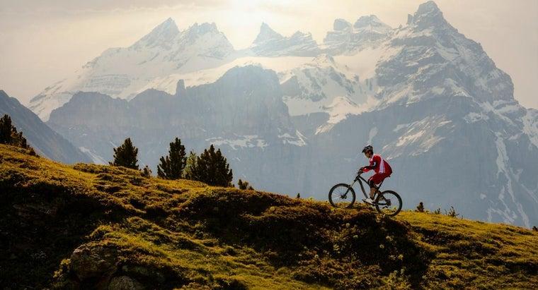 bike-gears-should-person-use-uphill-biking