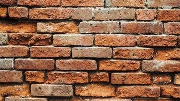 How Do You Calculate the Cost of Repointing Brick?