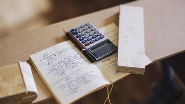 How Do You Calculate an Inverse Matrix in Matlab?