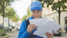 How Do You Calculate the U.S. Mail Delivery Time?