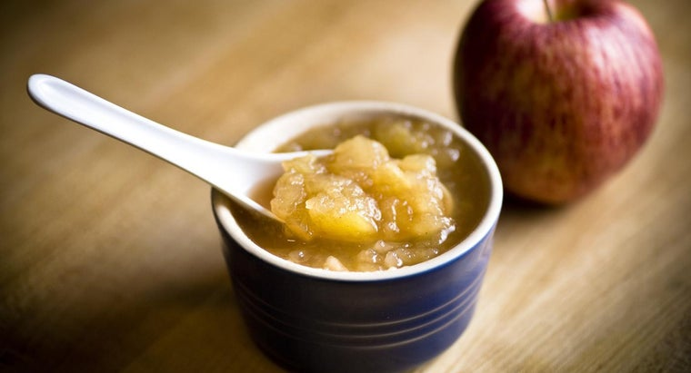 can-applesauce-substituted-oil-cake-mix