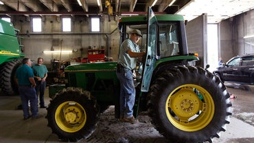 Where Can You Buy Replacement Parts for a John Deere Tractor?