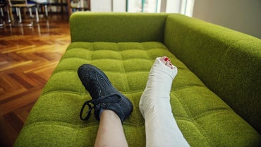 What Can Cause Severe Leg Pain?