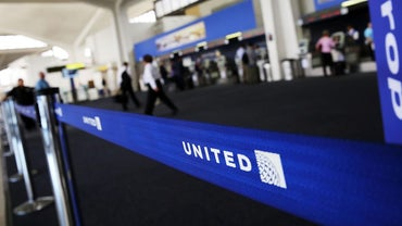 How Can You Contact United Airlines by Telephone?