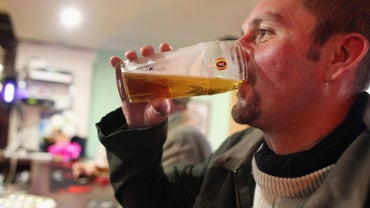 Can I Drink Alcohol While Taking Macrobid?