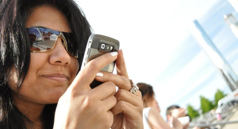 can-look-up-cell-phone-numbers