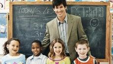 How Can One Become an Elementary School Teacher?