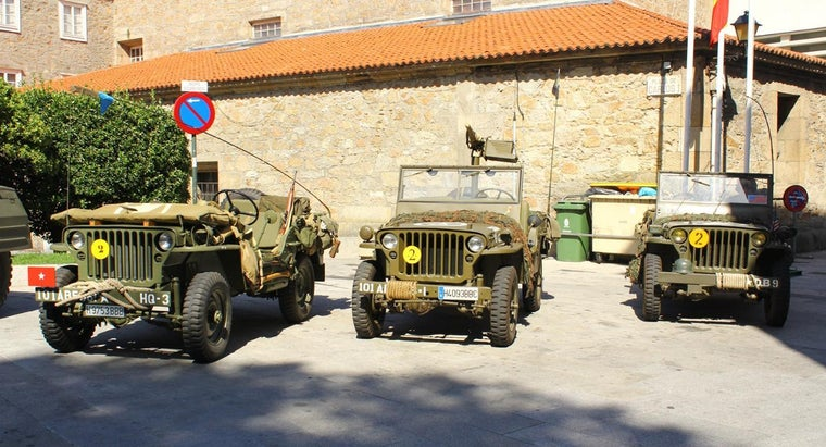 can-purchase-army-surplus-jeeps