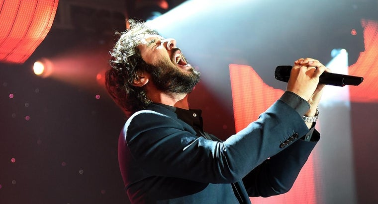 can-purchase-josh-groban-s-o-holy-night