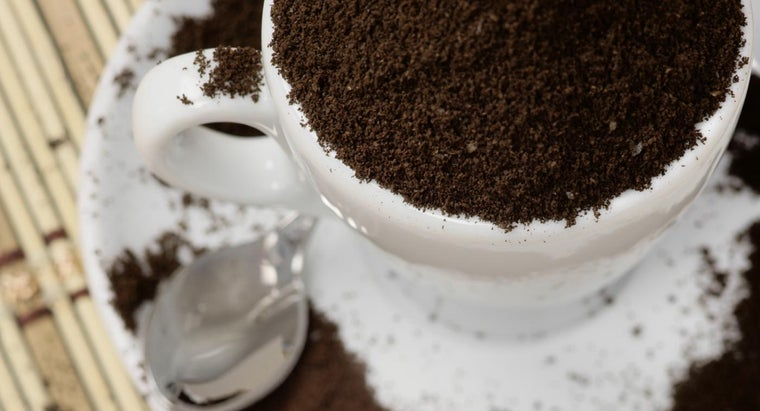 can-put-coffee-grounds-garbage-disposal
