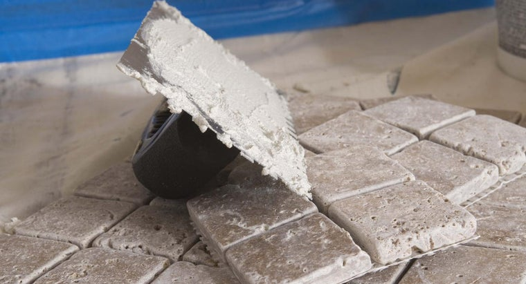 can-put-new-grout-over-old-grout
